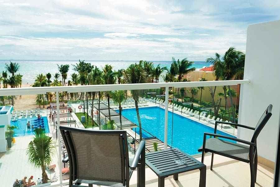 room-terrace-riu-playacar_tcm49-225018